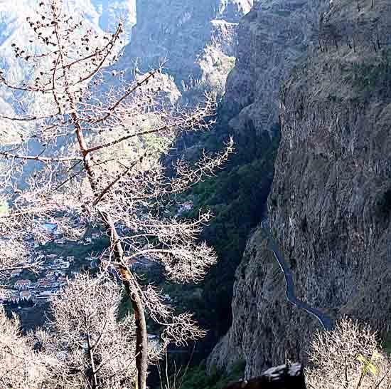 Nonnenes dal, Madeira. Foto: www.johnsteffensen.no