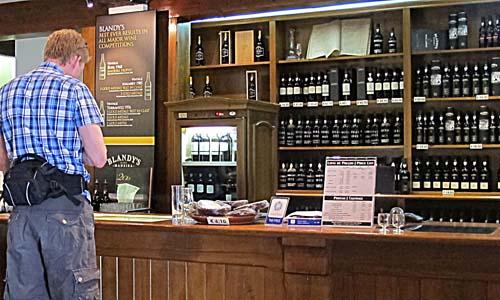 Blandy's wine cellar in Funchal is a good experience. (Photo: www.johnsteffensen.no)