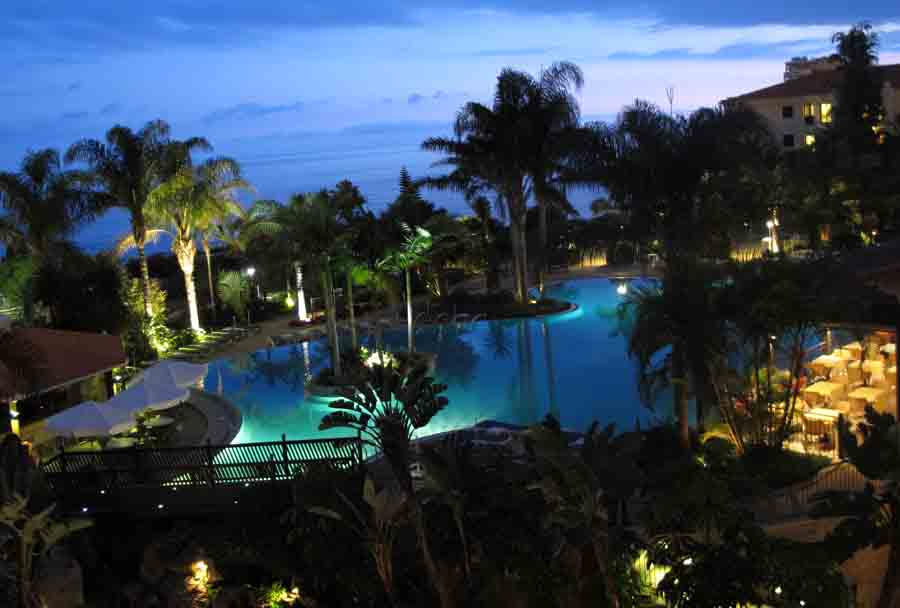 Porto Mare`s breattaking park at night. Who wants to go to bed...? (Photo: johnsteffensen.no)