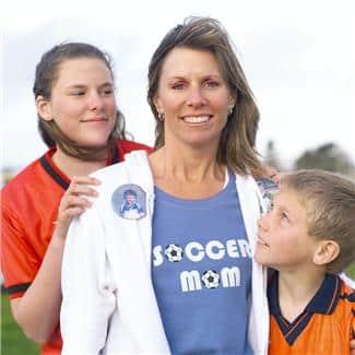 13 bud om foreldrevett gir råd om hvordan du kan følge opp ditt barn på en god og hensiktsmessig måte. www.johnsteffensen.no