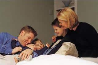 En fersk undersøkelse viser at mange barn synes de har det for travelt og har for lite tid med familie og venner.