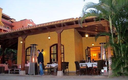 Villa-Cortes-restaurant
