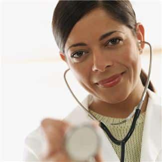 Vedvarende høyt blodtrykk er ikke bra for flere organer. Fastlegen sjekker blodtrykket raskt og smertefritt, men noen ganger må en gå grundigere til verks...