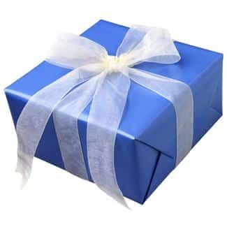 Gaveleken eller pakkeleken er en meget populær selskapslek for voksne. (www.johnsteffensen.no)