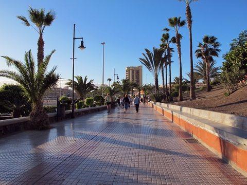 Fra strandpromenaden mellom Playa de las Americas og Los Cristianos. (johnsteffensen.no)