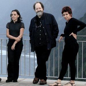 Tre av medlemmene i Banda d'Alem, Madeira.