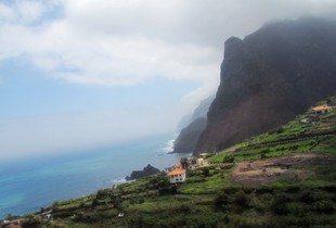 Madeira. Fra nordkysten. Nesten som i Norge... (www.johnsteffensen.no)