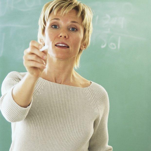 Om læreren ikke evner å formidle alt i matematikk, fortvil ikke. På internett fins et vell av muligheter. Har en selvdisiplin og setter av noen minutter daglig, kan prestasjonene i matematikk fort bli kraftig forbedret.