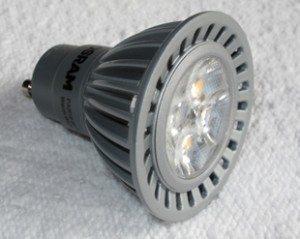 LED-pæren skulle lyse i 25 år. Sluknet etter 4 måneder…
