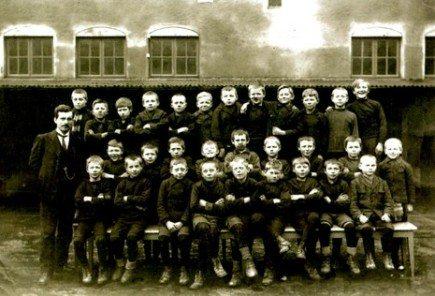 1922. En av gutteklassene ved Rothaugen skole, Bergen