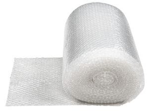 Bobleplast kan kjøpes på rull og er godt egnet til plantetildekking. Som denne fra Clas Ohlson (kr 89,90)