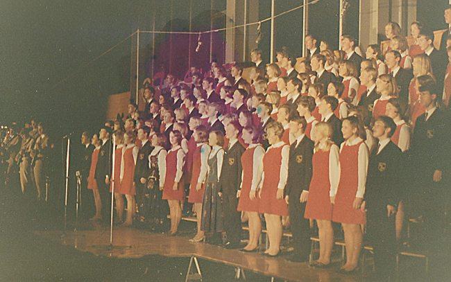 I 1968 kunne Ten Sing presentere sitt musikalske show med mål og mening...