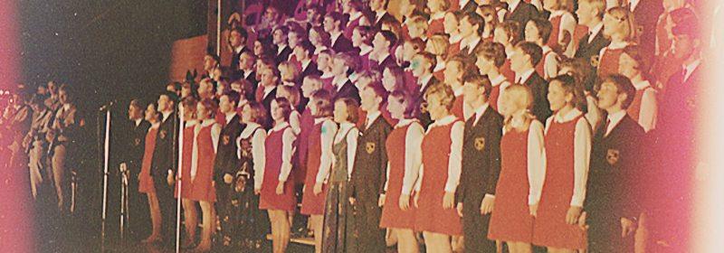 I 1968 kunne Ten Sing presentere sitt musikalske show med mål og mening. www.johnsteffensen.no