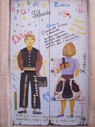 Kunstverkene i Rua Santa Maria er svært så varierte og spennende. Foto: John Steffensen
