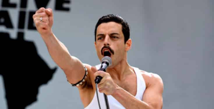 Rami Malek har en stor oppgave når han skal være Freddie Mercury på film. Det klarer han overbevisende bra.