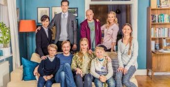 Bonusfamilien er en vellykket svensk dramakomedie som du bør unne deg å se.